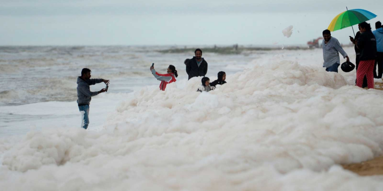 Toxic Foam Plagues India's Most Famous Beach