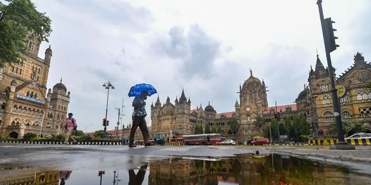 Mumbai Awaits First Cyclone in Over a Century